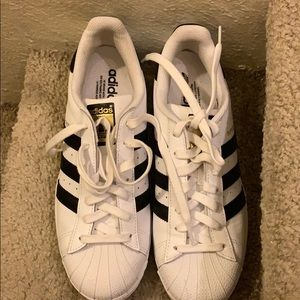 Great condition Adidas sneaker